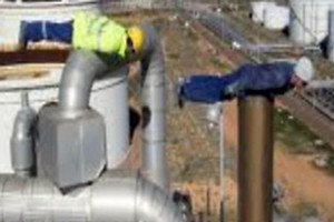 The gas workers' vertigo-inducing stunt as posted on the internet. Photo / Supplied