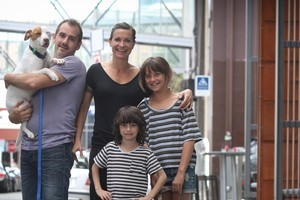 Ian Hughes and Cass Avery with their children Joe Valentine (6) and Frankie Valentine (10). Photo / Natalie Slade