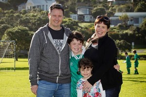 Doug MacIntyre and Pip Field with their children Duncan (9) and Alex (6) at Stanmore Bay Park. Photo / Natalie Slade