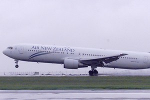 A 767 pilot says the twin-engined Air New Zealand Boeing 767-300 is designed to take off and land on one engine. File photo / NZ Herald