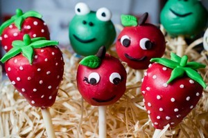 Cake pops are a cross between a cupcake and a lollipop. Photo / Dean Purcell