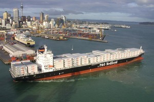 Fonterra and Silver Fern Farms are launching a freight partnership. Photo / APN