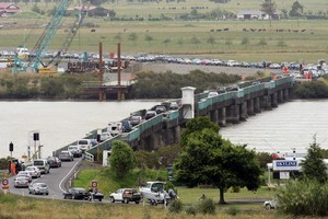 Traffic building at the Kopu Bridge near Thames. Photo / Dean Purcell