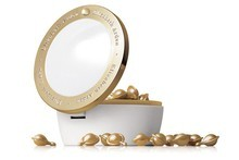 Elizabeth Arden Ceramide Gold Ultra Restorative Capsules $136. Photo / Supplied 