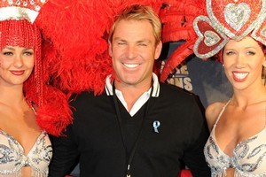 Hurley says Warne looks different because of his weight loss, nothing else. Photo / Getty Images