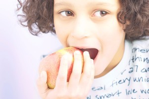 Parents on benefits and low-wage jobs cannot afford to feed their children well. Photo / Thinkstock