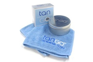 Tan Go Tan Removal Cloth. Photo / Supplied