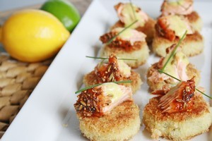 Hot smoked salmon on hashies with lime aioli. Photo / Supplied