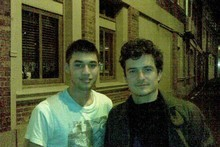 Daniel Crocombe and Orlando Bloom outside Lone Star restaurant in Wellington. Photo / Supplied