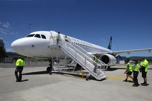 Soaring jet fuel costs have helped to damage Air New Zealand's share price. Photo / APN