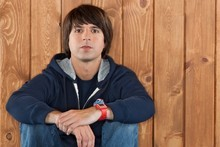 Demetri Martin is about to visit New Zealand for the first time, but he reckons he has a handle on our style of humour. Photo / Supplied 