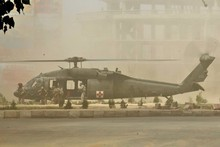 The Kiwi SAS risked all for their fatally injured mate as helicopters arrived for the evacuation. Photo / Jerome Starkey