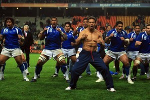 "Brian Lima, leading the Samoan team's war dance, was called ""the Chiropractor"" for his crunching tackles. Photo / Getty Images"