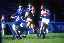 John Kirwan weaves through the Italian defence in 1987.