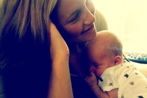 Kate Hudson and Matthew Bellamy shared this first snap of their newborn son on Twitter. Photo / Matthew Bellamy / Twitter