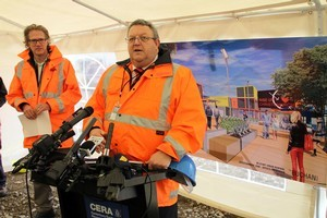 Canterbury Earthquake Recovery Minister Gerry Brownlee and CERA Chief Executive Roger Sutton. Photo / APN