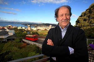 Peter Bills has plenty of advice for Kiwi colonials ... rah-rah. Photo / NZ Herald