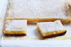 Lemon squares. Photo / Chris Court