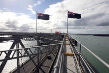 Bungy jumper Mike Heard leapt off the Habour Bridge 80 times in an hour today. File photo / Janna Dixon
