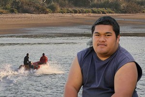 Moses Vahai, 19, had to leave his father, Moses Snr, in the water and make a 45-minute swim for his life after their fishing trip turned to disaster. Photo / Alan Gibson
