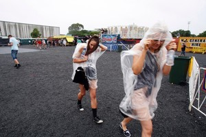 The rain sets in at Big Day Out. Photo / Dean Purcell