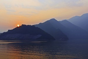 Sunrise on the Yangtze River. Photo / Thinkstock