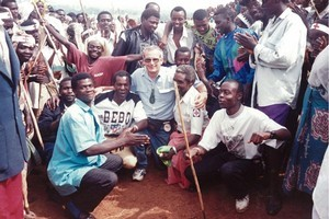 Bob Askew, centre, at Nyamirangwe camp in Zaire. Photo / Supplied