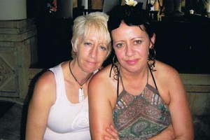 Heather Bradley (left) told her sister Ruthy Le Vaillant that she had cuts and bruises all over her body. Photo / Supplied