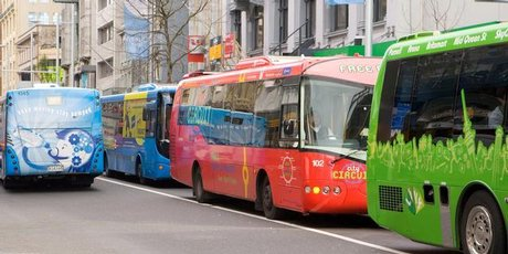 Aucklanders only make, on average, 44 trips on public transport each year. Photo / Paul Estcourt