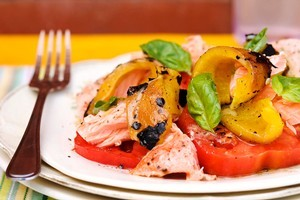 Baked salmon, roasted peppers, acid-free tomatoes and basil. Photo / Babiche Martens