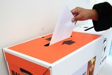 The Electoral Enrolment Centre is using social media to encourage young people to have their say. Photo / APN