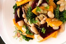 Seasonal vegetable salad with garlic vinaigrette. Photo / Babiche Martens