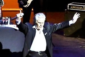 John Rowles takes a bow at the Bruce Mason Theatre on Auckland's North Shore. Photo / Milana Radojcic