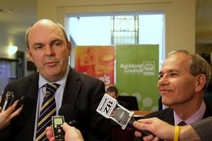 Minister of Transport, Steven Joyce and Mayor Len Brown. Photo / Paul Estcourt