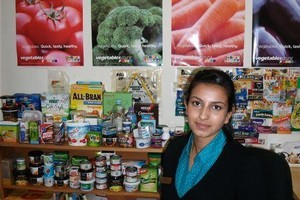 Deepti Duddumpudi advises patients on dietary needs. Photo / Supplied
