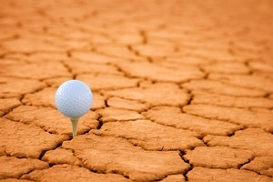 Australia's first desert golf course will have a view of the Northern Territory's Uluru and Kata Tjuta from every hole. Photo / Thinkstock