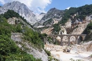 The Ponti di Vara is dwarfed by the quarries around it. Photo / Heather Whelan