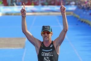 Kris Gemmell of New Zealand celebrates winning the Elite Men's Race. Photo / Getty Images