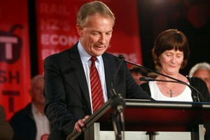 Labour leader Phil Goff conceding defeat at Mount Roskill RSA. Photo/Doug Sherring