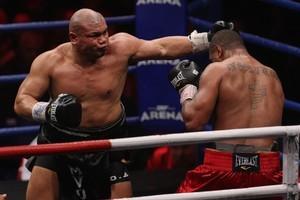 David Tua has said Monte Barrett should fight him again. Photo / Getty Images