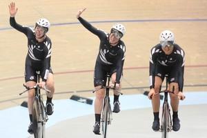 The women's team pursuit trio of Alison Shanks, Lauren Ellis and Jaime Nielsen. Photo / Envious Photography-BikeNZ