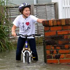 A bike ride along Tamaki Dr. Photo / Benjamin Eitelberg