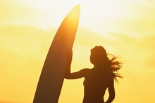 Take the golden opportunity to pick up surfing this summer. Photo / Thinkstock