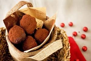 Chocolate chestnut truffles. Photo / Babiche Martens
