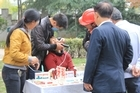 Roadside dentistry in Guiyang: The greater the pain, the bigger the audience. Photo / Charlotte Whale