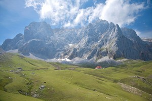 Mist comes quickly in the Picos de Europa. Photo / Thinkstock