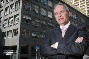 Auckland Mayor Len Brown said other polls had rated the city highly for friendliness. Photo / Greg Bowker