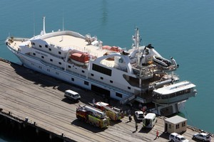 A crew member aboard the Oceanic Discoverer died while it was moored at the Port of Napier in 2009. Photo / Glenn Taylor