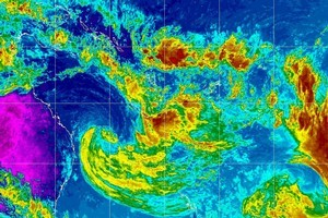 Large waves were caused by the remnants of ex-tropical cyclone Fina. Photo / Supplied