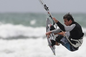 World number 4 Marc Jacobs kiteboards in Mt Maunganui. Photo / Bay of Plenty Times